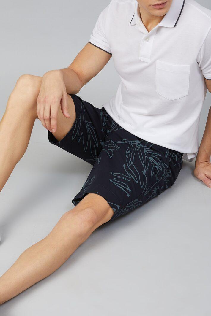 Fahrenheit Philodendron Leaf Print Shorts